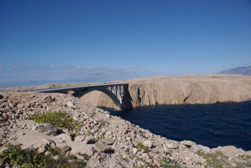 brug naar het eiland Pag
