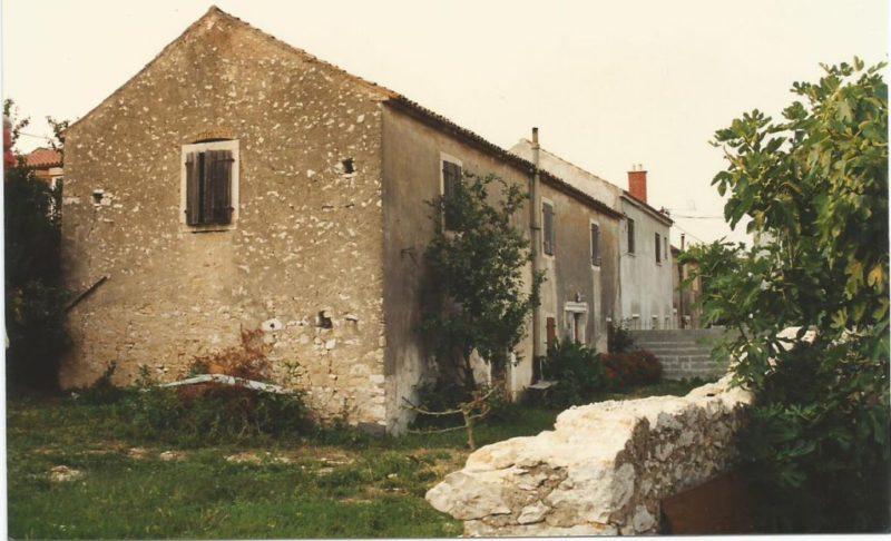 Het begin van Kuća Bajlo