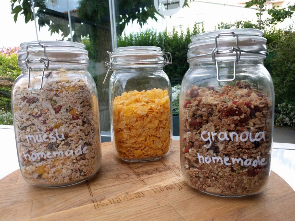 granola vegetarisch ontbijtbuffet