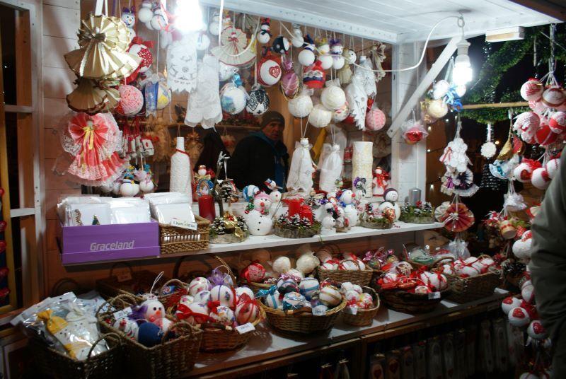 kerstmarkt in Zrinjevac park zagreb
