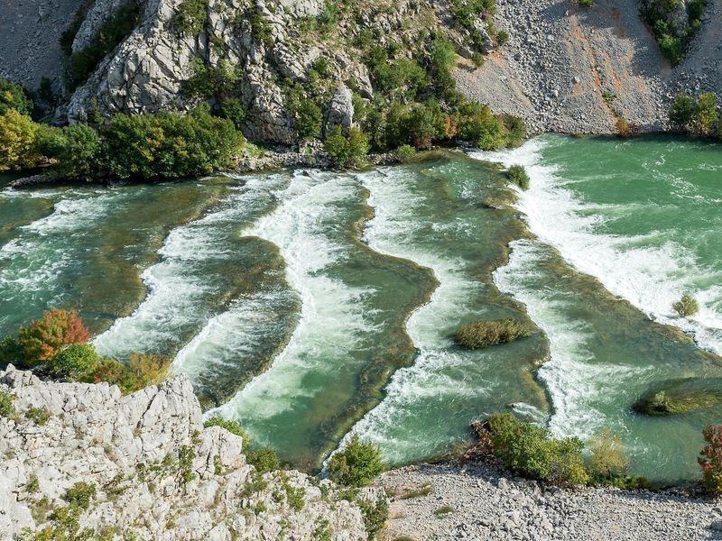 kettingwatervallen Krupa rivier