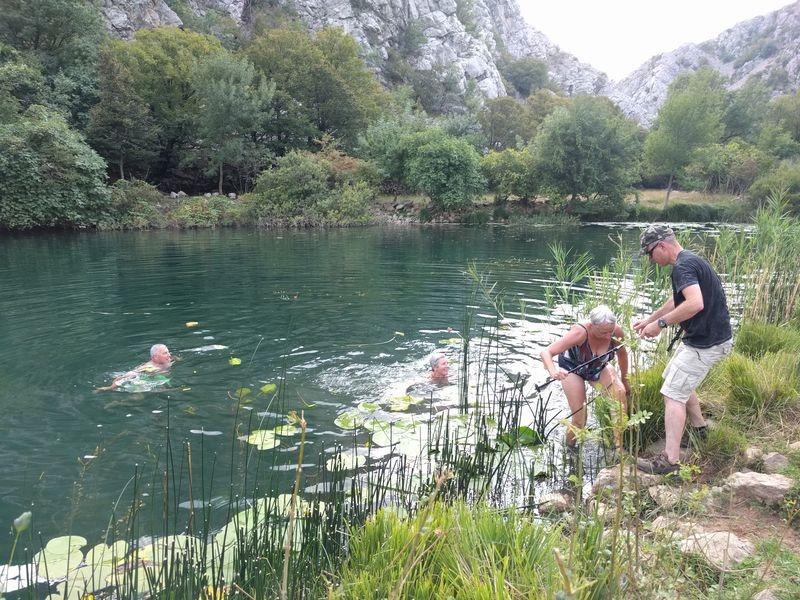 zwemmen in Krupa