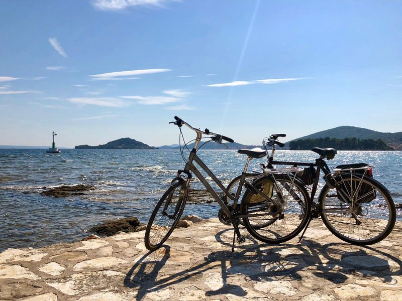 fietsen op eiland Ugljan, Kroatië