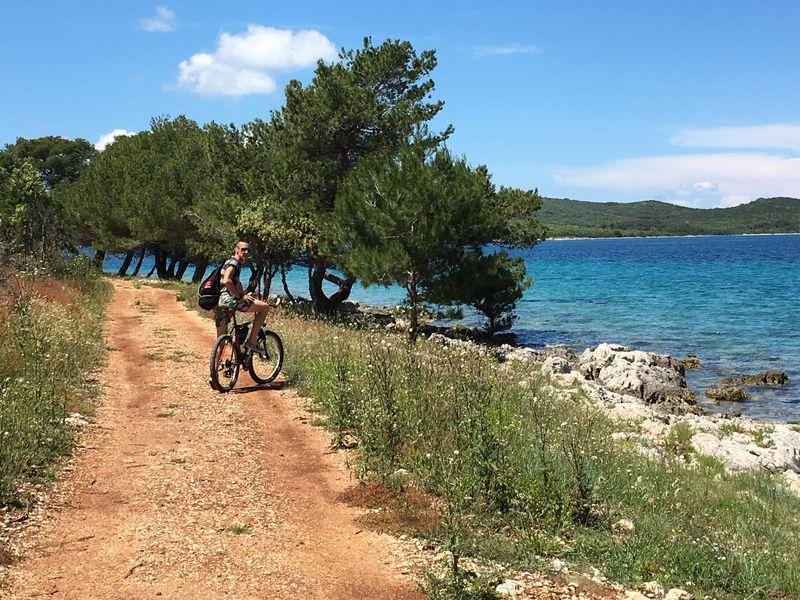 mountainbike op Ugljan