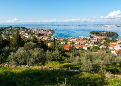 eiland ugljan met zicht op Zadar