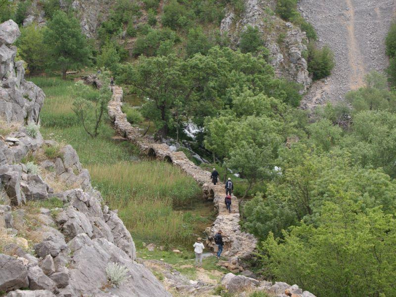 Kudin most brug over Krupa rivier