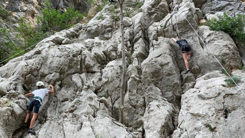 bergbeklimmen in Paklenica met kinderen, vakantie Kroatië