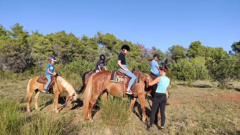 Paardrijden ind e bossen van Zadar