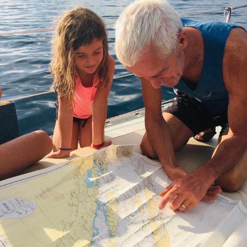 kinderen vakantie Kroatië, kaart lezen zeiltocht