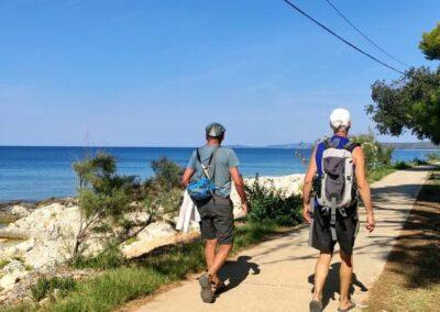 wandelwag op eiland Silba
